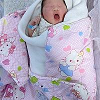 3月6日剖腹产出来一个八斤半的小子,来接吧